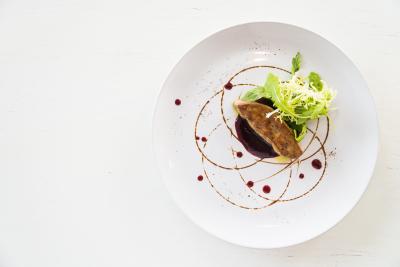 Le quai gourmand ; la chapelle Achard ; la Mothe Achard ; Classique; traditionnel; Classique ; restaurant