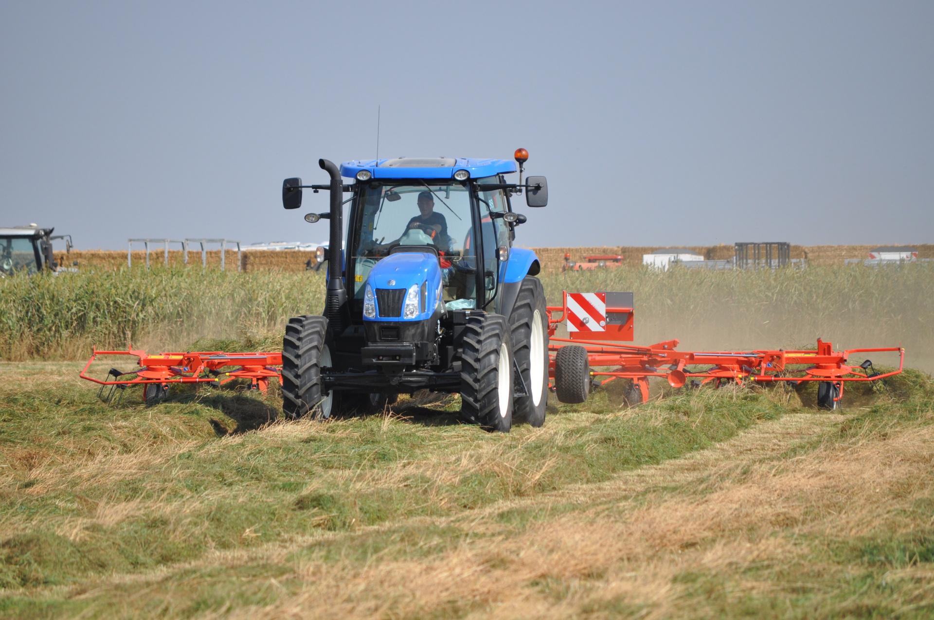 Tedding Hay