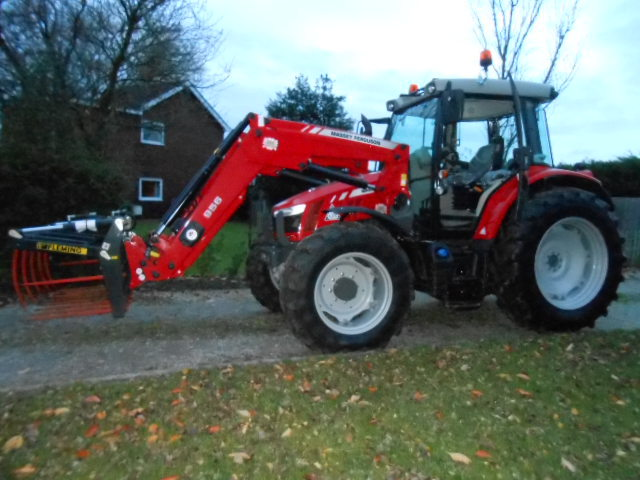 Massey Ferguson 5612 with Loader