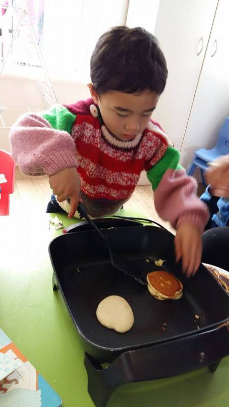 Pikelets for morning tea. Yummy!!!!!