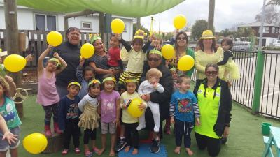 More4kids whanau celebrating daffodil day