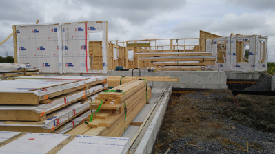 Building Onsite  - Structural Insulated Panels