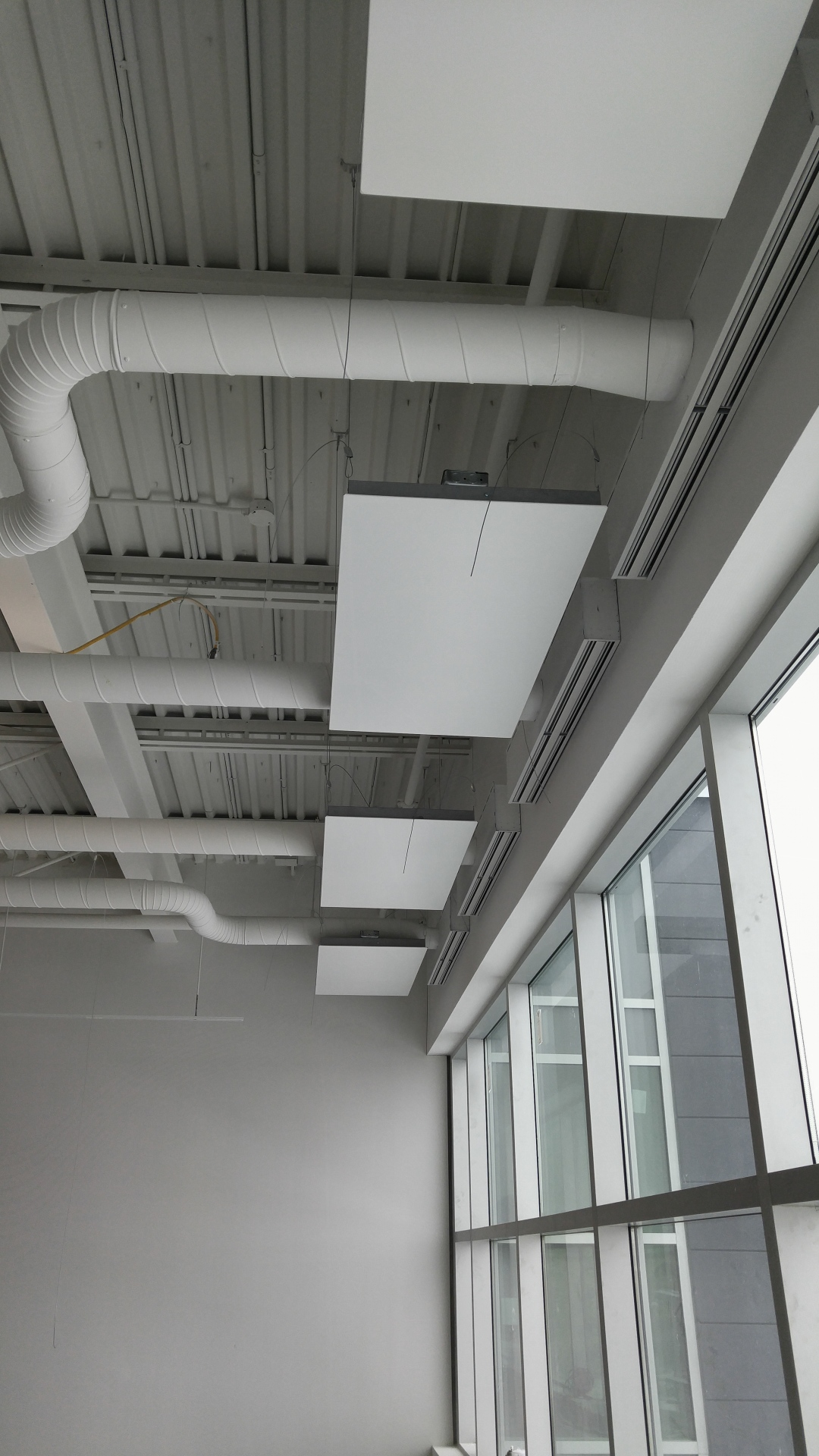 Perimeter-Heating-Panels