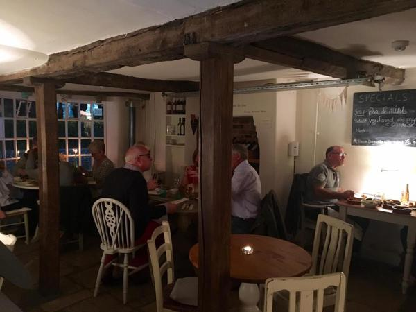 Cosy, intimate atmosphere for evenings at On the Green
