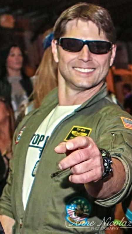 Tom Cruise look a like Rick