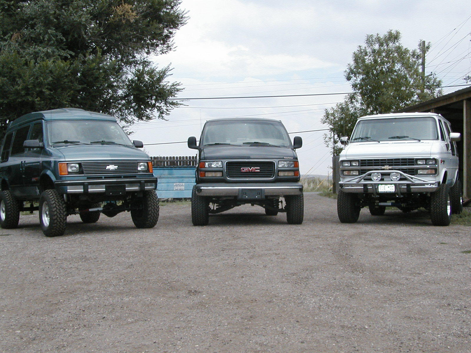 4x4 Chey and Gmc vans