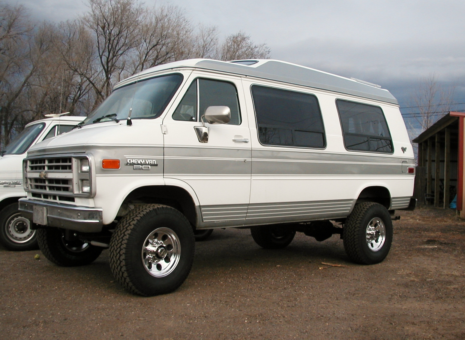 4x4 Chevy G series van