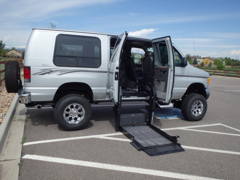 4x4 E350 Handicap Van