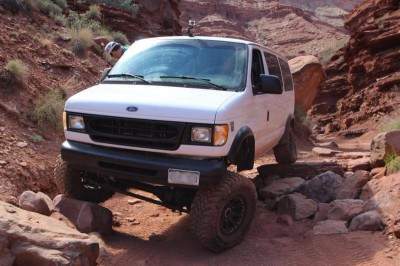 4x4 Ford E350 by Boulder Offroad