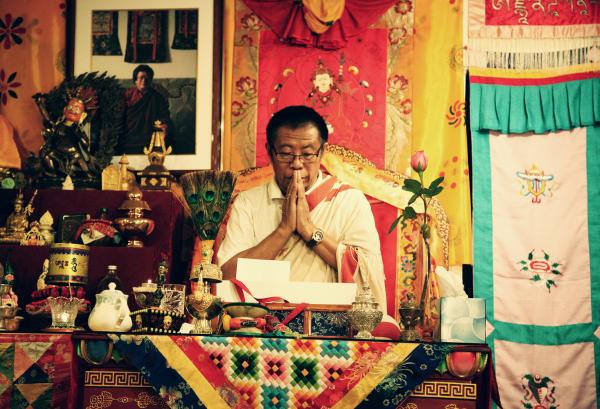 Venerable Gochen Tulku Sang-ngag Rinpoche in Los Angeles.