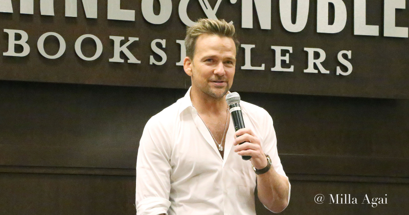 "Sean Patrick Flanery Presents his book "" Jane Two""."
