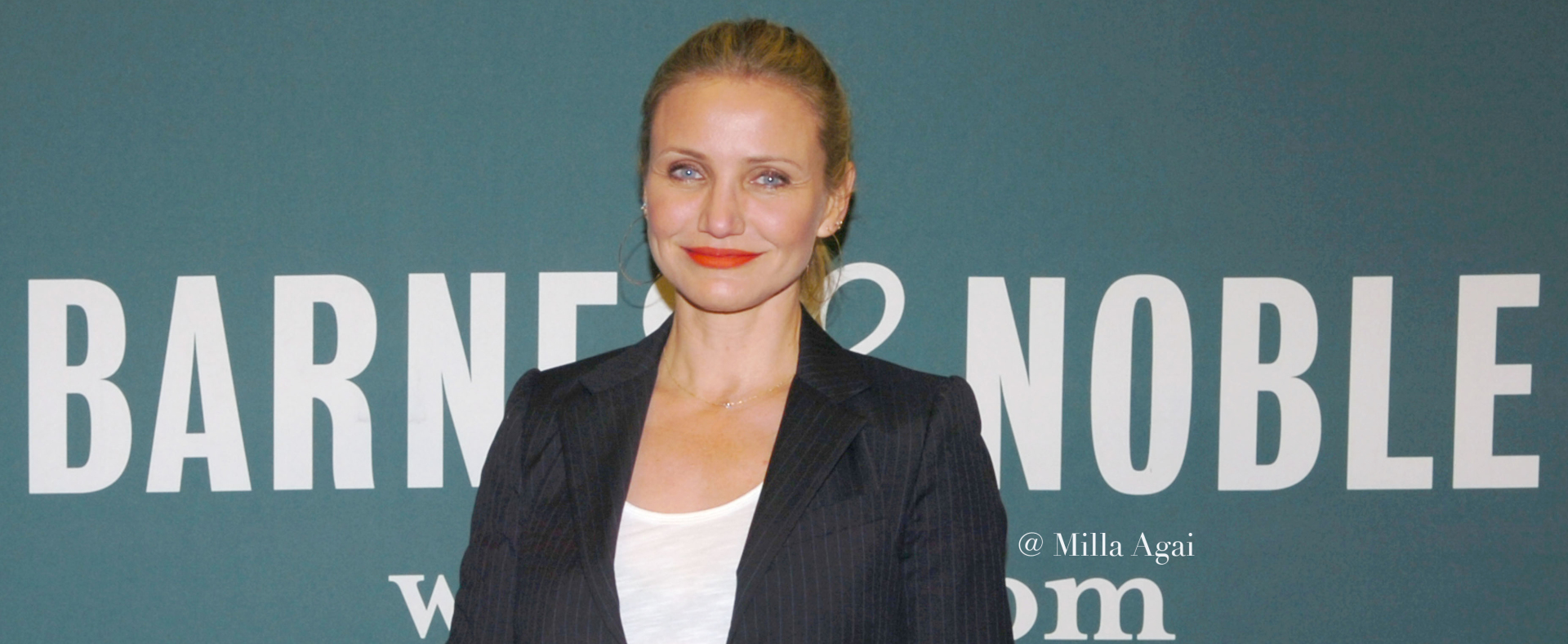 Cameron Diaz Presents her new book.