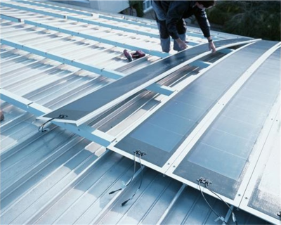 On standing seam roofs