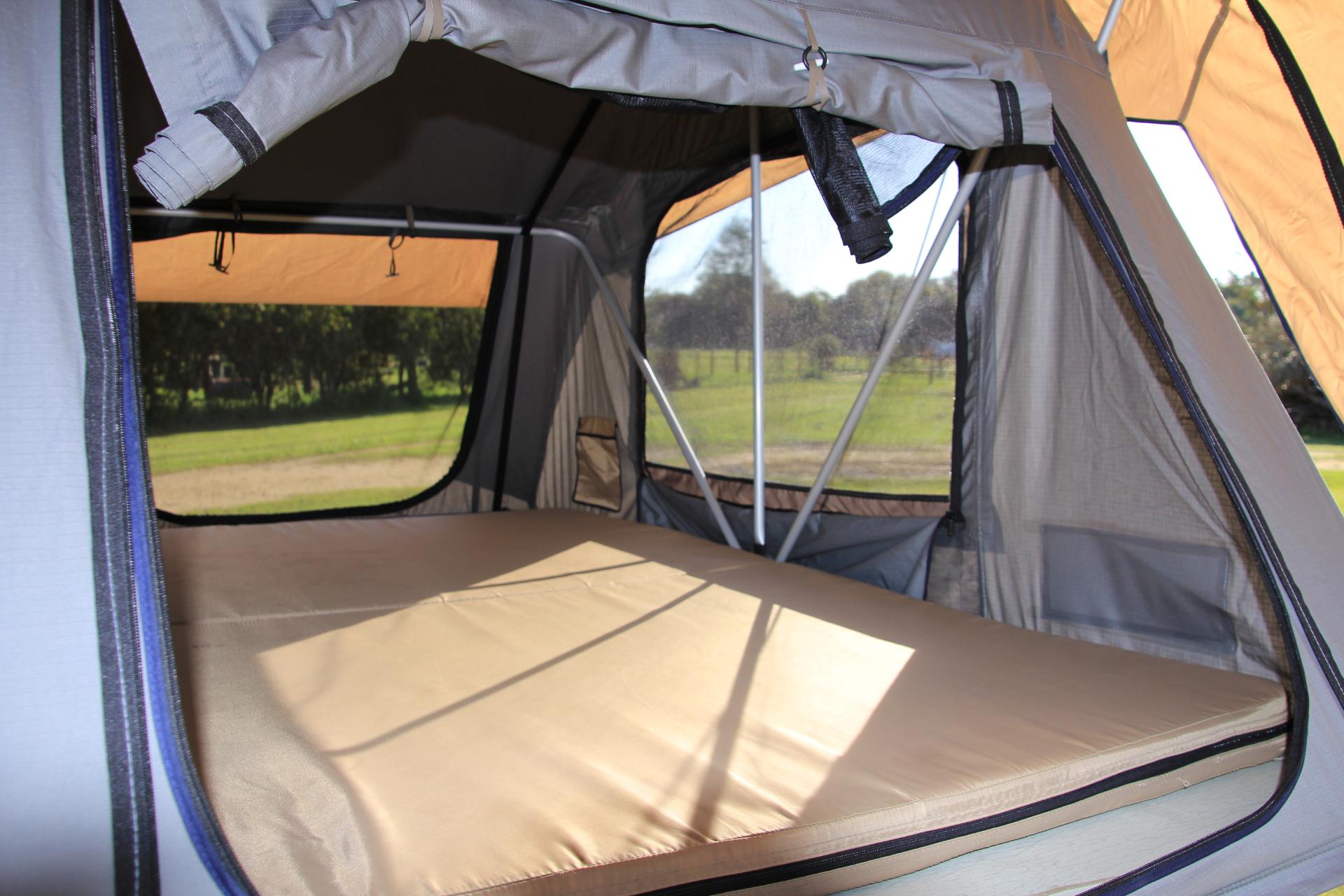 Roadster sleeping area