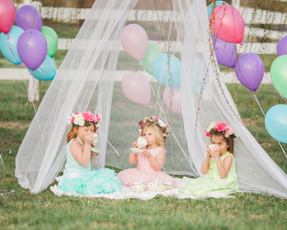 Balloon Mini Session- Southwest Virginia Tea Party- Family Photography