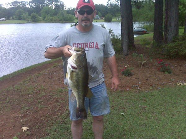 11.4 lbs Monster Bass -- caught by Allen Henry
