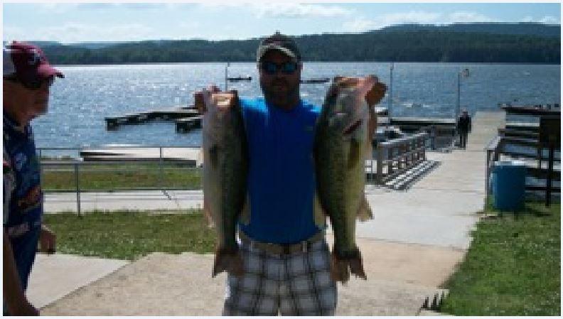 First Place Lake Guntersville- Tom Ott & Guest (34.32 lbs.) Big Fish (6.58 lbs.)