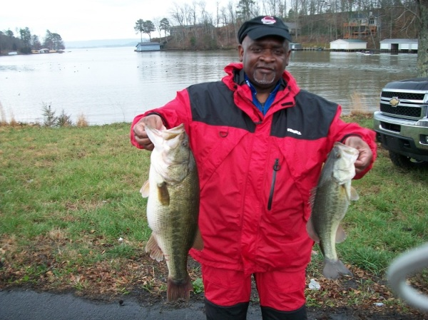 Rickey Askew: Tourney#1 Lake Guntersville-1st Place & Big Fish 7.50 lb Largemouth