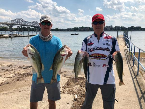 Tourney #5 Wheeler Lake - 1st Place:Andy Boutwell/Daniel Oswell 16.86 lbs.