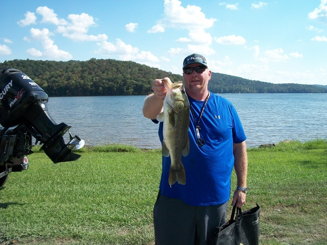 Tourney#10 Lake Guntersville - James Leach - Big Fish 3.77 lbs.
