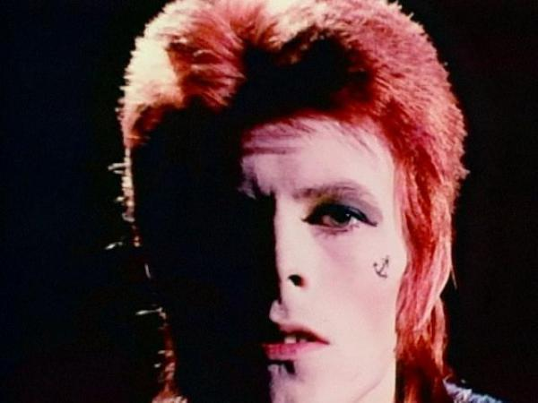 How David Bowie Avoided the Cliché of the Aging Rock Star