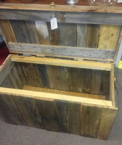 Reclaimed Wood Storage Trunk