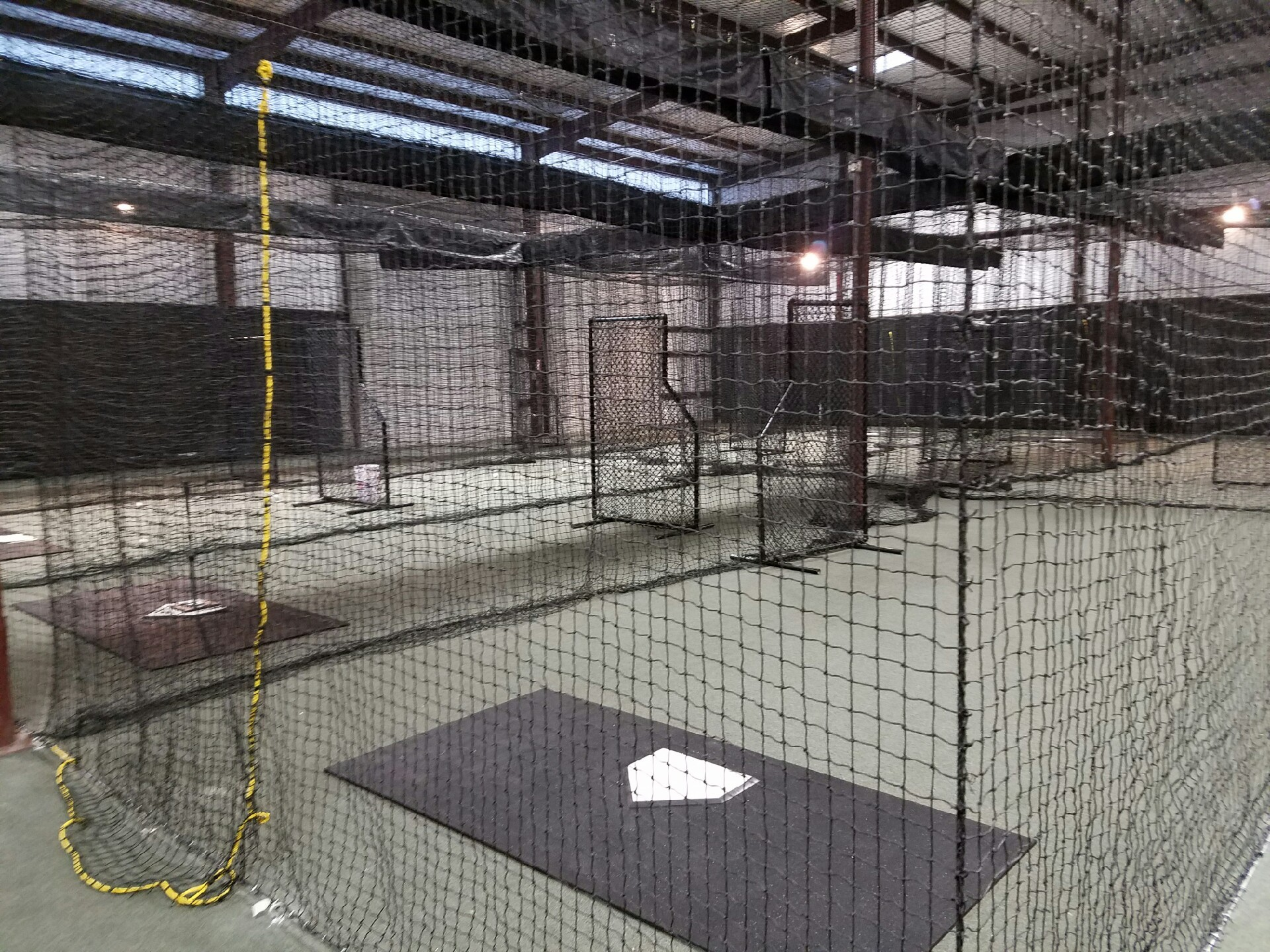 Cage Rentals - $40 per hr / $25 per 1/2-hr