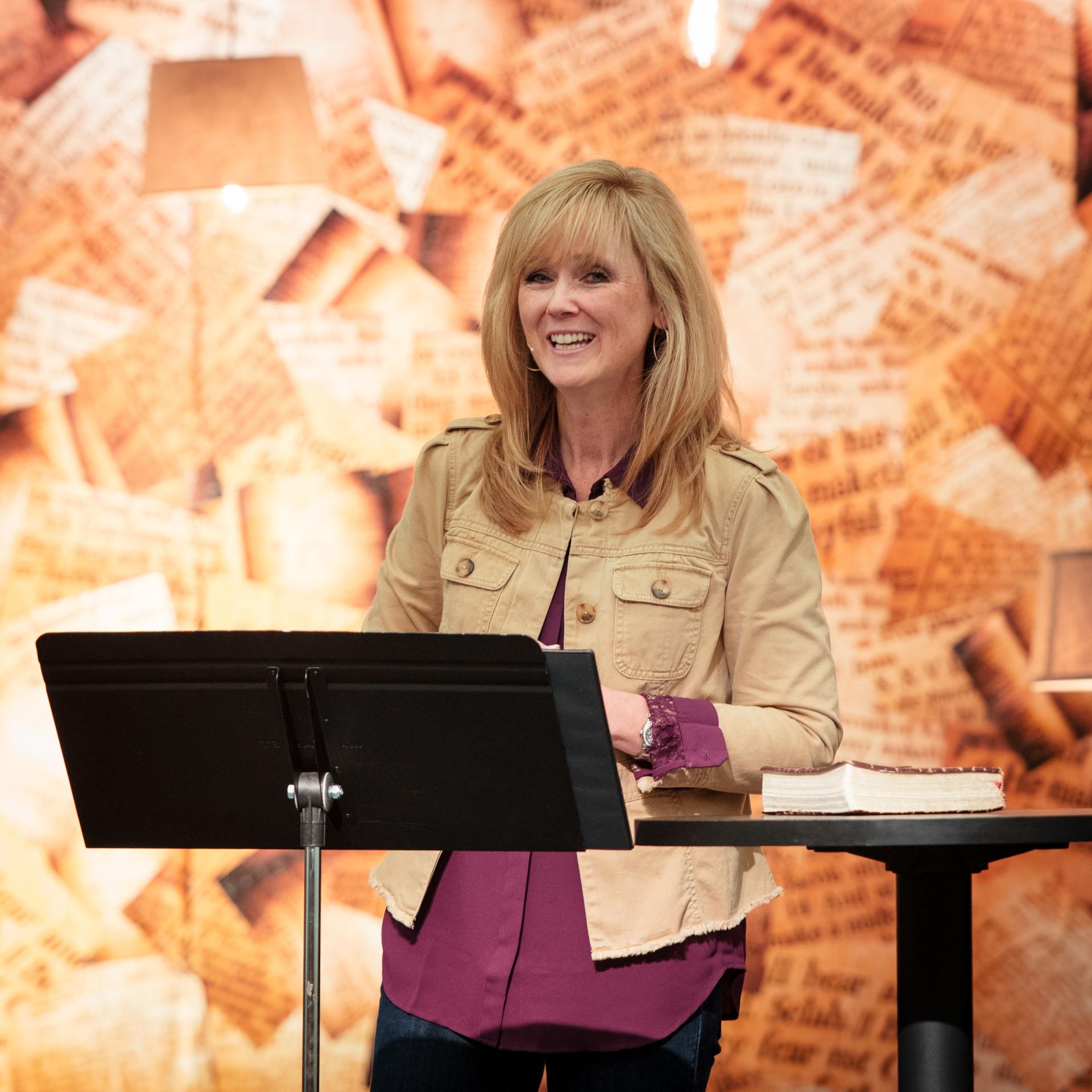 Laura Piraino pastor