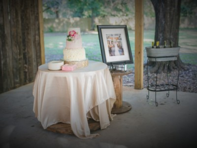 cake plate $15,   Drink tub & stand $15