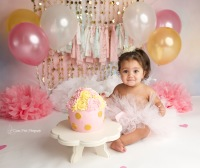 calgary smash cake, cake smash, baby photography, baby photoshoot, calgary baby photographer, calgary family photographer