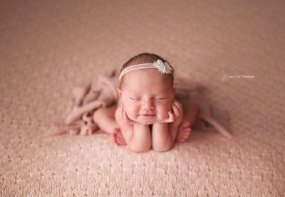 Calgary Newborn Photographer/ Baby Cynthia