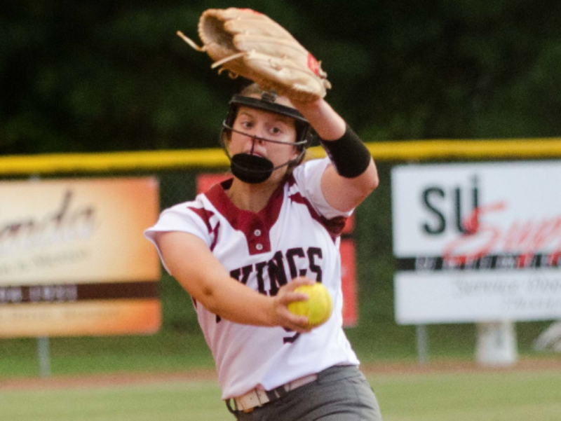 Alissa Bolinger earned a win in relief while also adding an RBI single against S. Paulding.