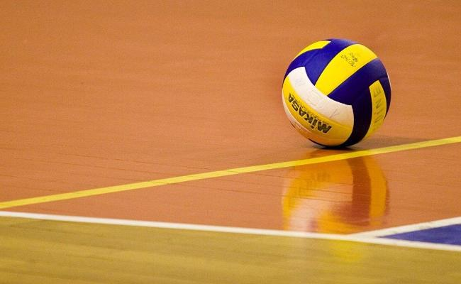 NOTEBOOK: Volleyball lineups open strong; softball scrimmages a wash in early schedule