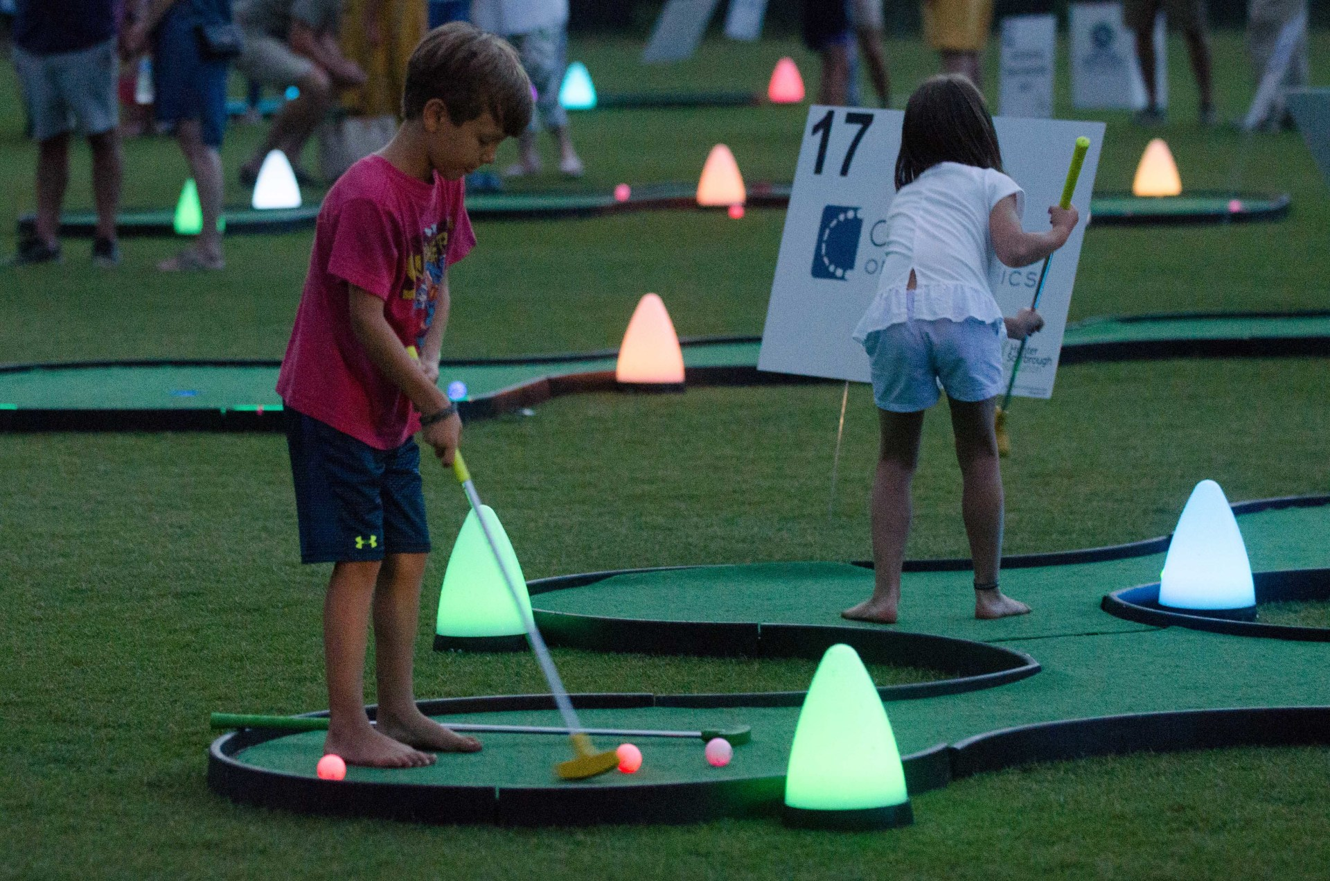 Second annual Hunter Scarbrough Foundation Glow Golf Extravaganza puts the 'fun' in fundraiser