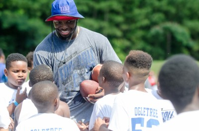 New York Giants linebacker and Newnan native Alec Ogletree held his annual football camp Saturday.