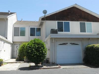Just Sold!  2 story townhouse in the Linda Vista neighborhood of North West Napa.