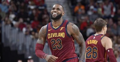 LeBron hits HUGE game winner to lift Cavs to 3-2 in the series