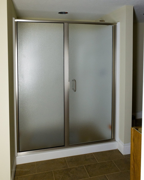 Semi-Frame-Less Door & Sidelite With Pattern 62 Glass