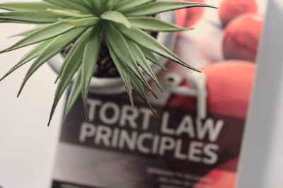 Study guides summarising key aspects of torts law.