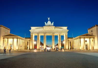 המדריך המלא לשווקי חג המולד בברלין