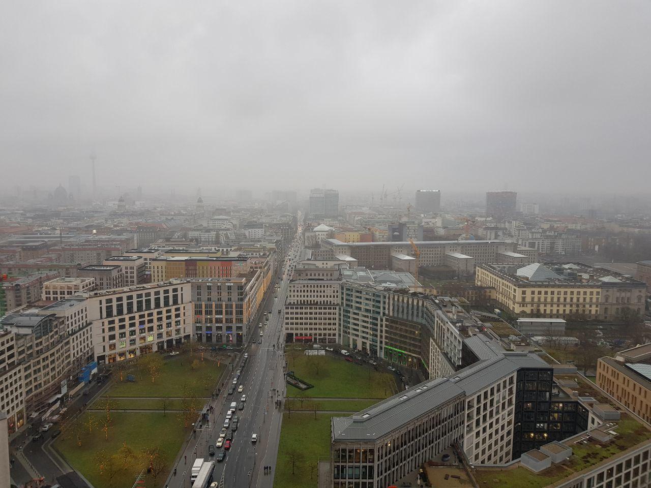 לבה הפועם של ברלין - מבט מלמעלה על פוטסדאמרפלאץ