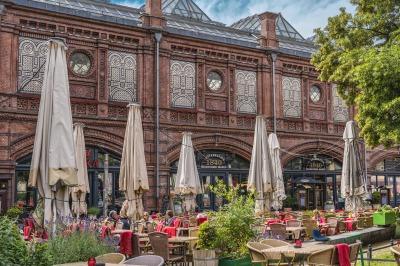 בתי קפה ומסעדות במיקומים מיוחדים בברלין