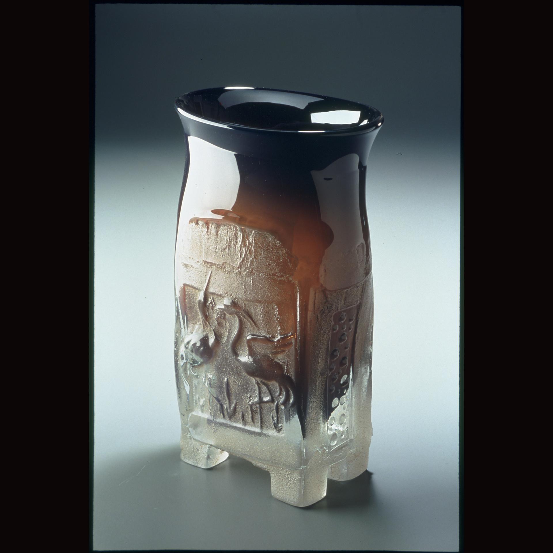 Black crane Vase