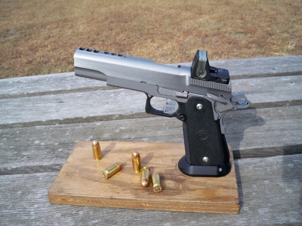 18 rnd. 45 ACP carry pistol