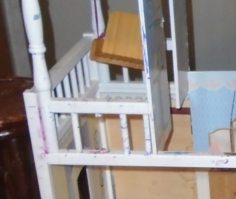 Dollhouse Remodel - Railing Fix