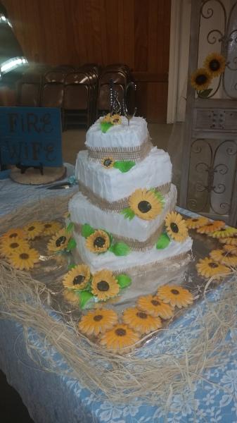 """Sunflower"" cake"