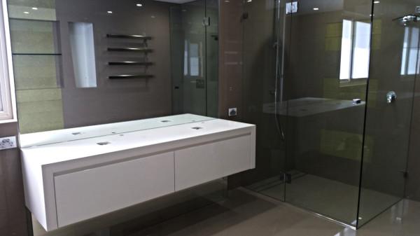 Mirror,Framless shower