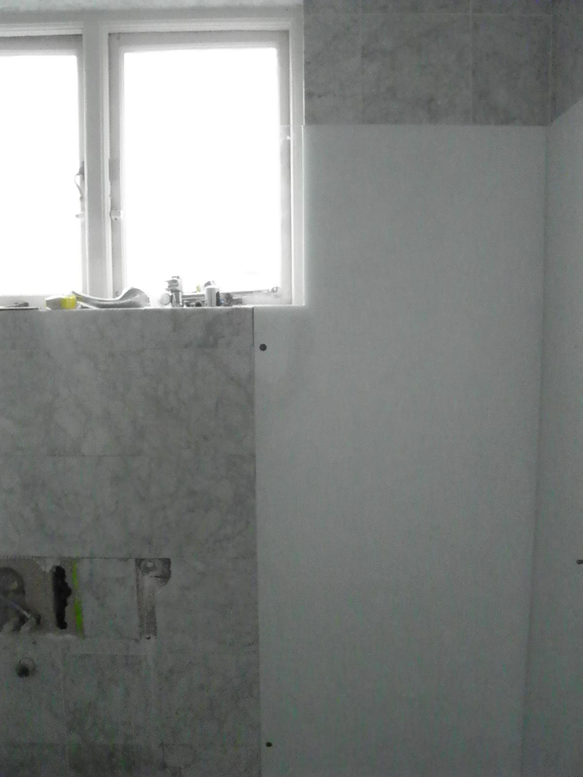 Toughend glass shower recess panel