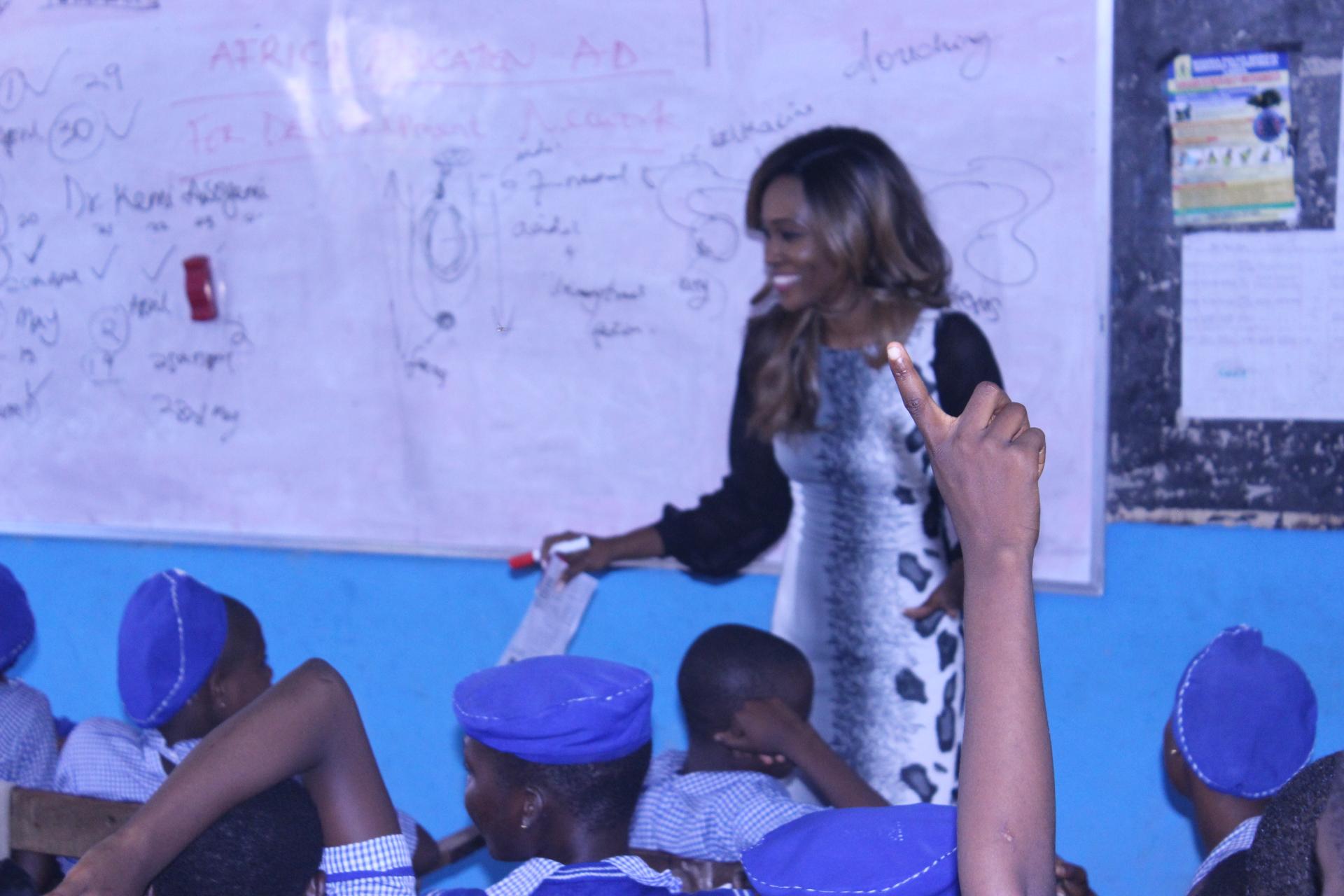 Dr Folakemi teaching the kids