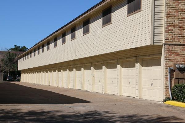 Garage Alley